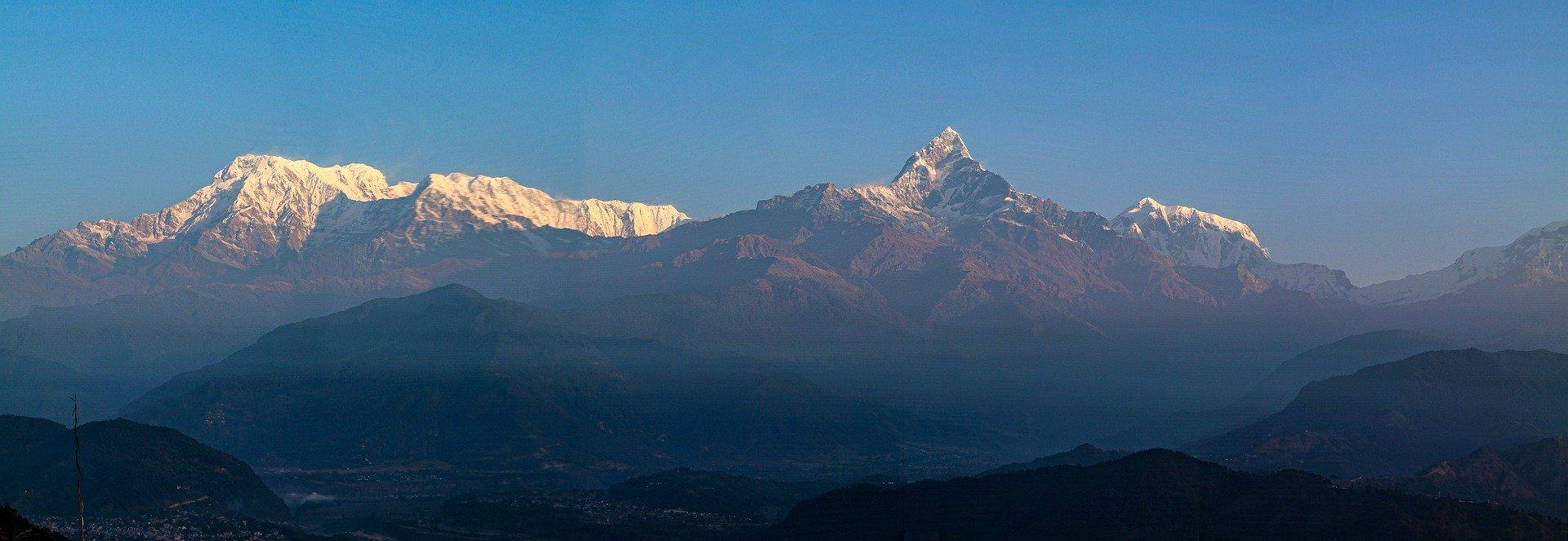 ABC with Tharpu Chuli Peak Climb