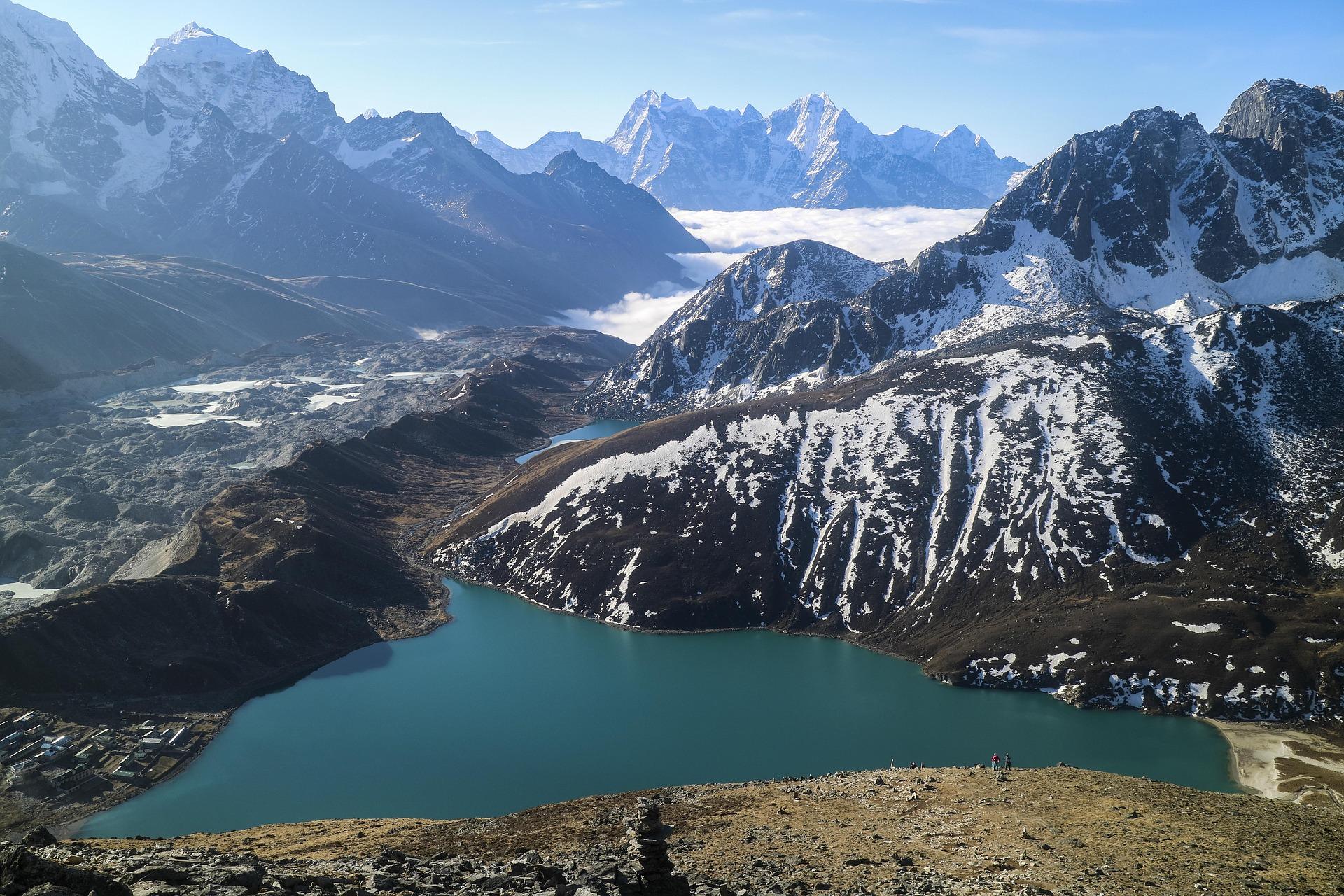 Everest Gokyo Lake Trekking:14days