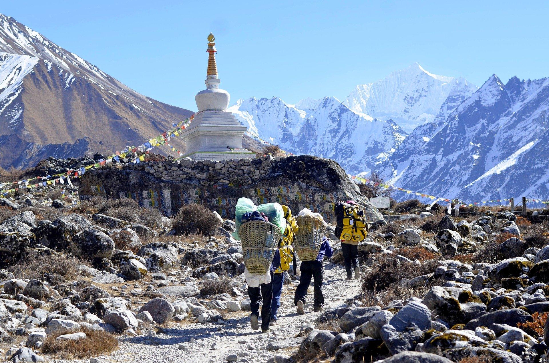 Langtang Ganja La Pass Trekking in Nepal